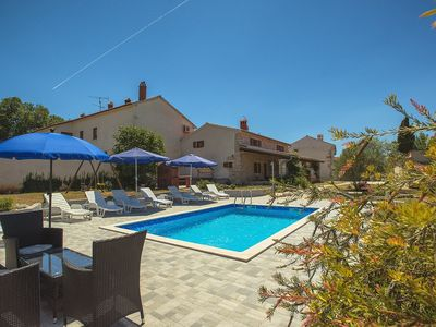 Photo for Magnificent villa with private pool, 4 bedrooms, air conditioning, WiFi, large garden - four-legged friends are also welcome