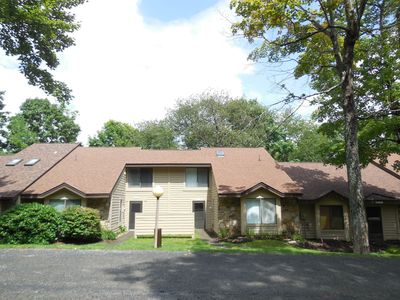 Photo for 1463 Gebhart Court, Close to slopes and pool!