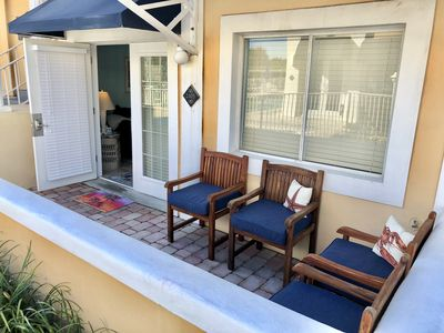 Private patio, quiet but close to pool and hot tub.  So convenient with kids!