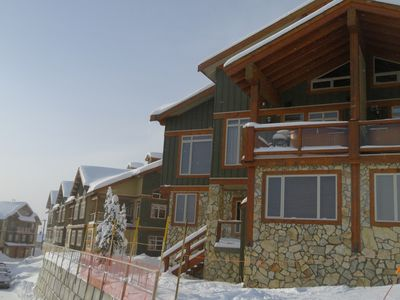Photo for 5BR Chalet Vacation Rental in Kelowna, BC