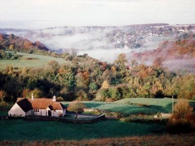 Photo for Charming Cotswold farm cottage with amazing views