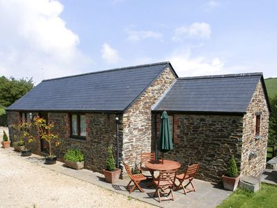 Photo for BADGER COTTAGE, pet friendly, with a garden in Padstow, Ref 1037