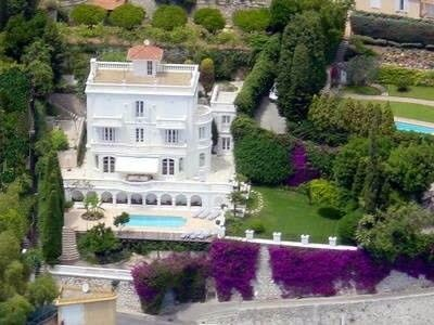 Photo for 6 bedroom villa overlooking beach of Villefranche