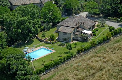 Photo for Enchanting barn villa, top views, pool, bbq, pets, tennis table in San Gimignano