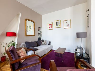 Photo for Paris Hideaway in the Theatre District - Two Bedroom Apartment, Sleeps 5