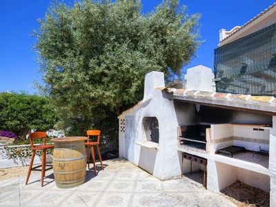 Photo for Stunning private villa for 10 people with A/C, WIFI, private pool, TV, pets allowed and parking