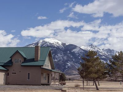 Photo for Great cabin with beautiful mountain views!