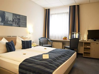 Photo for Double room, shower, toilet - Hotel Novalis Dresden