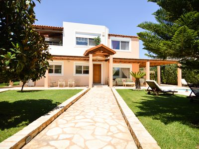 Photo for Modern Villa in Lagonissi (w/ pool)