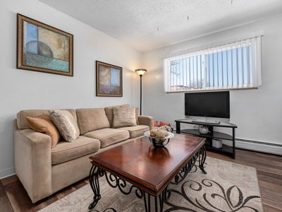 Photo for Great City Park Apartment 30+ Days only- top floor end unit.