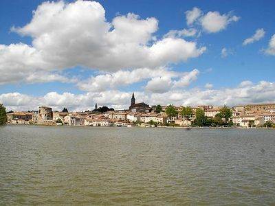 Photo for APPT NEXT NEAR CANAL MIDI AND TOWN CENTER ENTIRELY EQUIPPED