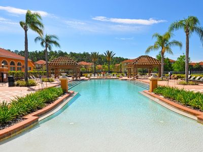 Photo for Beautiful 3 Bed Gated Town Hm w/Splash Pool At Bella Vida Resort