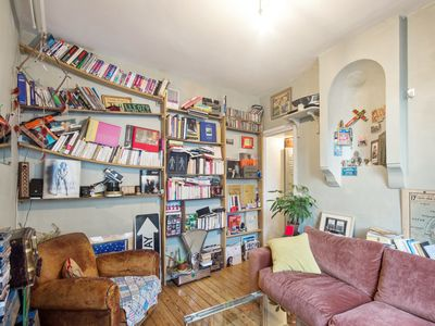 Photo for Cosy 1br, close to Sacré-Coeur, heart of Montmartre