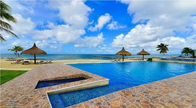 Photo for Costa del Sol Villa Coralina Ocean Front Infinity Pool, Jacuzzi, on-site Pier