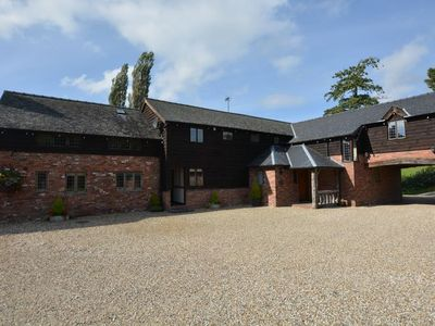 Photo for 8 bedroom Barn in Welshpool - SESSL