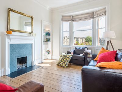 Photo for Lovely bright, stylish and family friendly central apartment with roof terrace