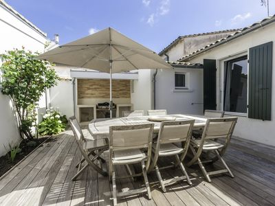 Photo for Renovated village house in 2019 of 90 m², for 6 people in the heart of La Flotte.