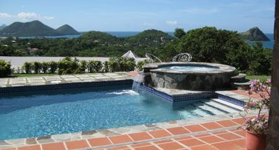 Photo for Calypso Court - Ideal for Couples and Families, Beautiful Pool and Beach