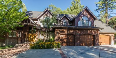 Photo for 3BR Estate Vacation Rental in Big Bear City, California