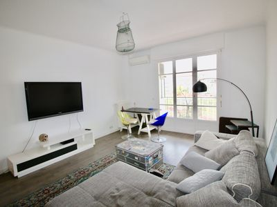 Photo for TERRACE - SPACIOUS - 2 BEDROOMS - CITY CENTER - ANY TEAM AND ANY COMFORT