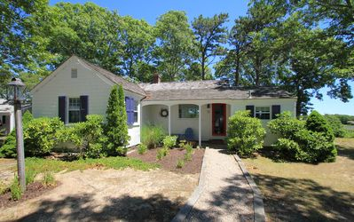 Photo for Harbor Village - Charming  house with private deck and ocean views