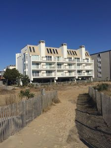 Photo for Charming Oceanfront  2bd/2ba Condo -Sleeps 6
