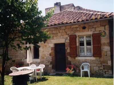 Photo for Gite Cestayrols, 2 bedrooms, 4 persons