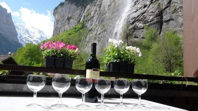 2 BALCONIES,1 TERRACE,VIEWS OF  WATERFALL, MOUNTAINS, RIVER,WENGEN,TRAINS,