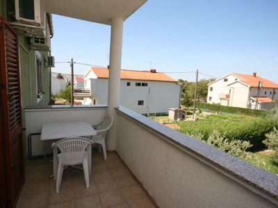 Photo for One bedroom apartment with terrace and sea view Starigrad, Paklenica (A-6606-c)
