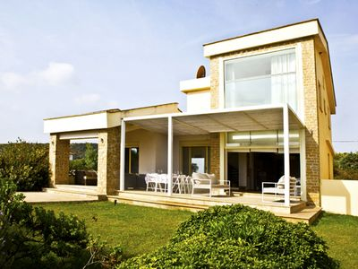 Photo for Cornetto Beachfront Villa, Salonikiou