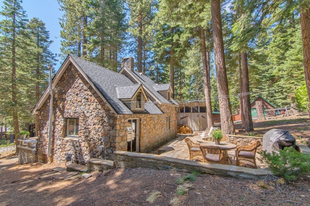 Property Image15 Tahoe Stone Cottage Park Private Beach City