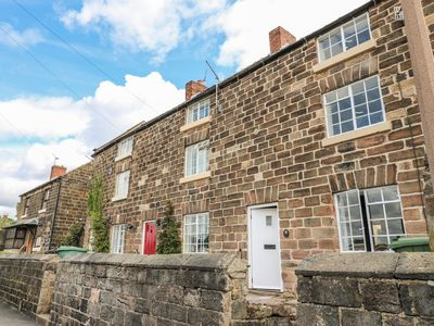 Photo for MILL VIEW COTTAGE, pet friendly, with open fire in Belper, Ref 988541