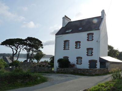 Photo for House of 185 m2, sea view over the harbor and the bay of Morgat