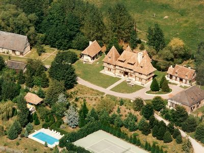 Photo for Magnificent estate in the heart of the Pays d'Auge, 2 hours from Paris, 40 minutes from Deauville