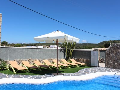 Photo for Charming bungalow with shared pool