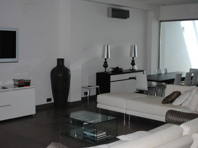 Photo for Central Nice, quiet, stunning 5 bed, 6 bath 'loft' house, parking, 100m to beach