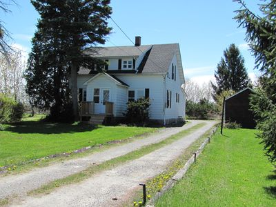 The Farmhouse, view from the driveway