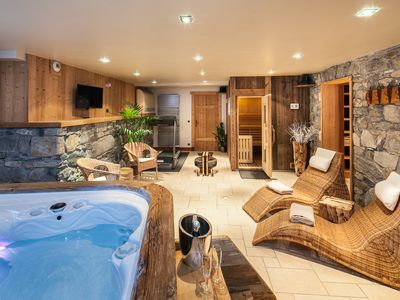 Photo for NEW LUXURY CHALET in MERIBEL, 16 pers services included