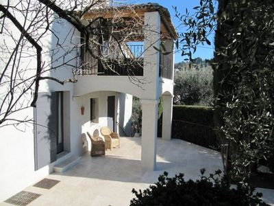 Photo for Renovated 3 bed Mougins villa with sea view - 250m from shops