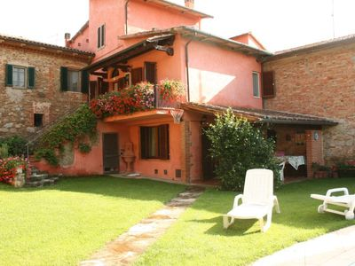 Photo for Part of old countryhouse  with private heated  pool, wi-fi.  Province of  Arezzo.