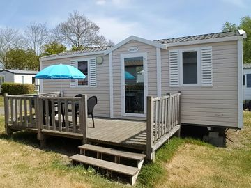 Search 826 holiday rentals