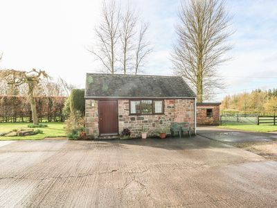 Photo for CORDWAINER COTTAGE, romantic, with a garden in Bagnall, Ref 977610