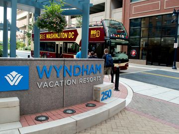 Visit Our Nation's Capital In A Family-Friendly Resort