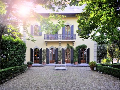 Photo for Villa with WIFI, private pool, TV, patio, panoramic view, parking, close to Greve In Chianti