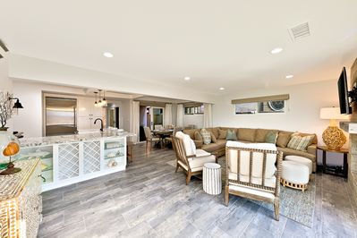 A large cluster seating in the living room makes it the perfect gathering space for all families