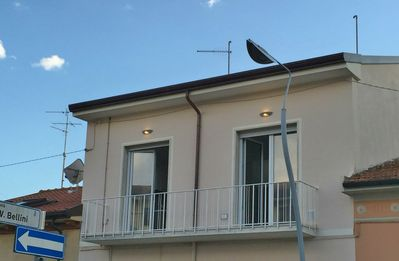 Photo for Apartment a stone's throw from the sea, completely renovated, Lido di Camaiore