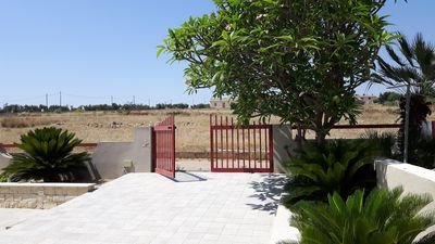 Photo for News 2019: in Donnalucata, about twenty meters from the sea, villa