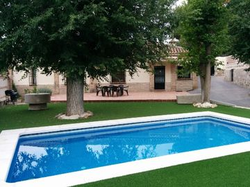 Casa el Pinar de la Bastida for 27 people