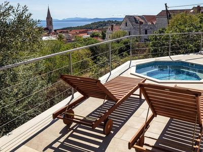 Photo for Holiday flat Marmor, Selca  in Brac - 5 persons, 2 bedrooms