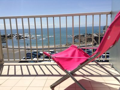 Photo for Exceptional view overlooking the ocean, 800 m from shops and the TGV station